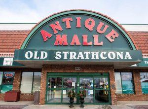 Eingang von der Antique Mall