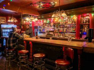 Blick auf die Bar vom the Pit