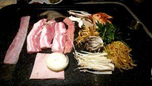 Fleisch und Beilagen
