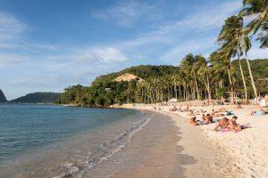 Las Cabanas Strand bei El Nido