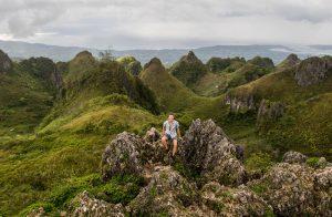 Aussicht auf Gebirge vom sehenswerten Osmena Peak auf Cebu