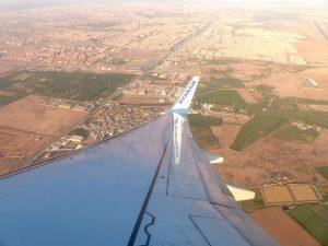 Blick aus Flugzeug in Marokko