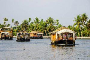 Hausboote auf Fluss