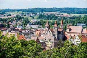 Aussicht auf die Kleinstadt Ellwangen In Baden-Württemberg