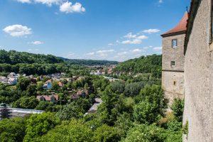 Aussicht von Kloster auf Kochertal in Hall