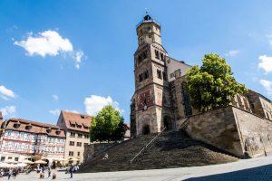 St. Michaelstreppen und Kirche als Sehenswürdigkeiten in Schwäbisch Hall