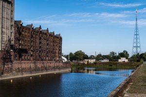 Der alte Hafen mit Becken