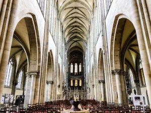 Im Inneren des Magdeburger Doms